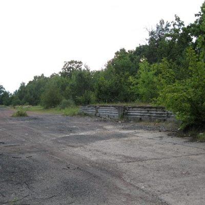 Залишки залізничної навантажувальної платформи, 2011 р.