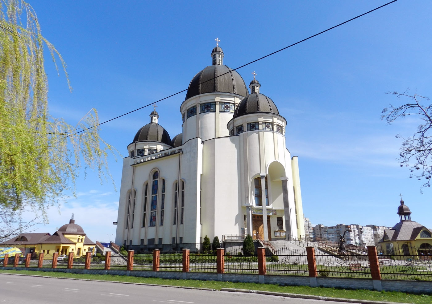 Церква святого Йосафата – один з найбільших храмів Західної України