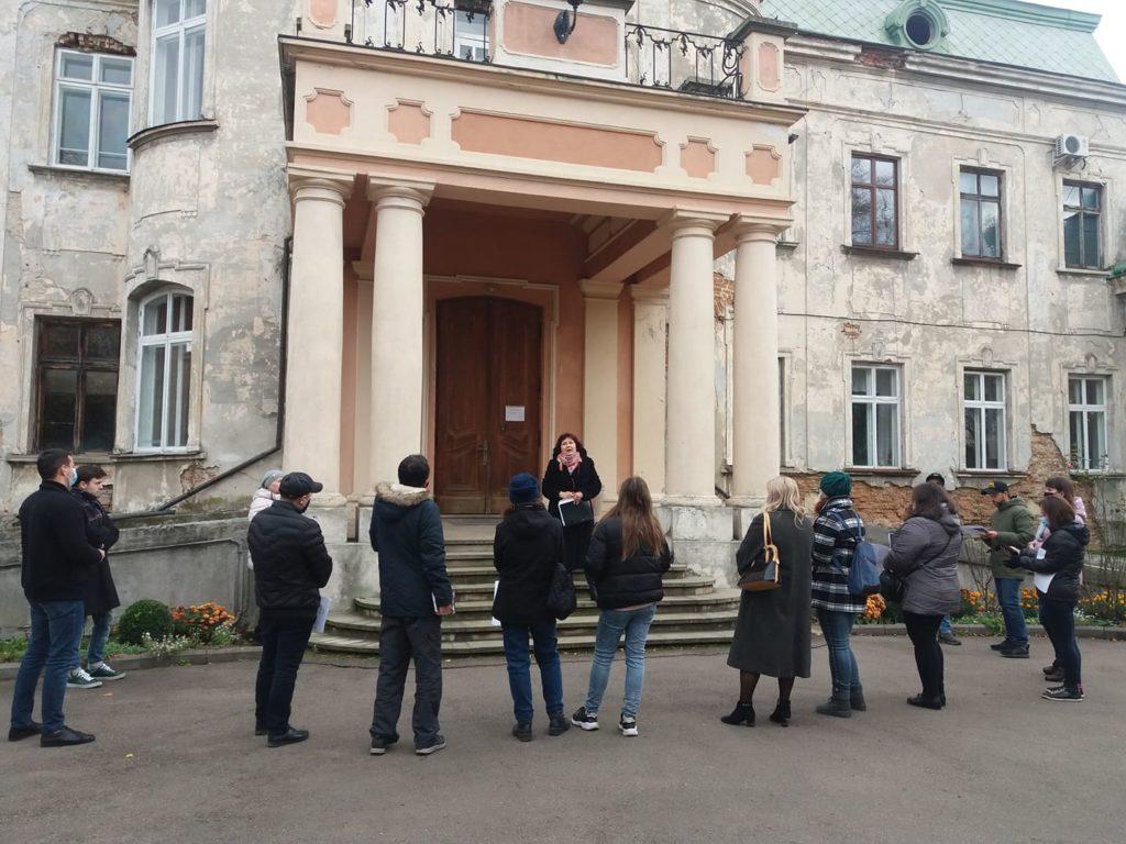 Відбулося відкрите обговорення перспектив розвитку палацово-паркового комплексу у Червонограді